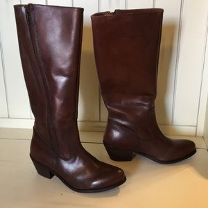 MIA size 7 brown leather tall shaft boots